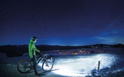 Lampki rowerowe – jakie oświetlenie do roweru wybrać?