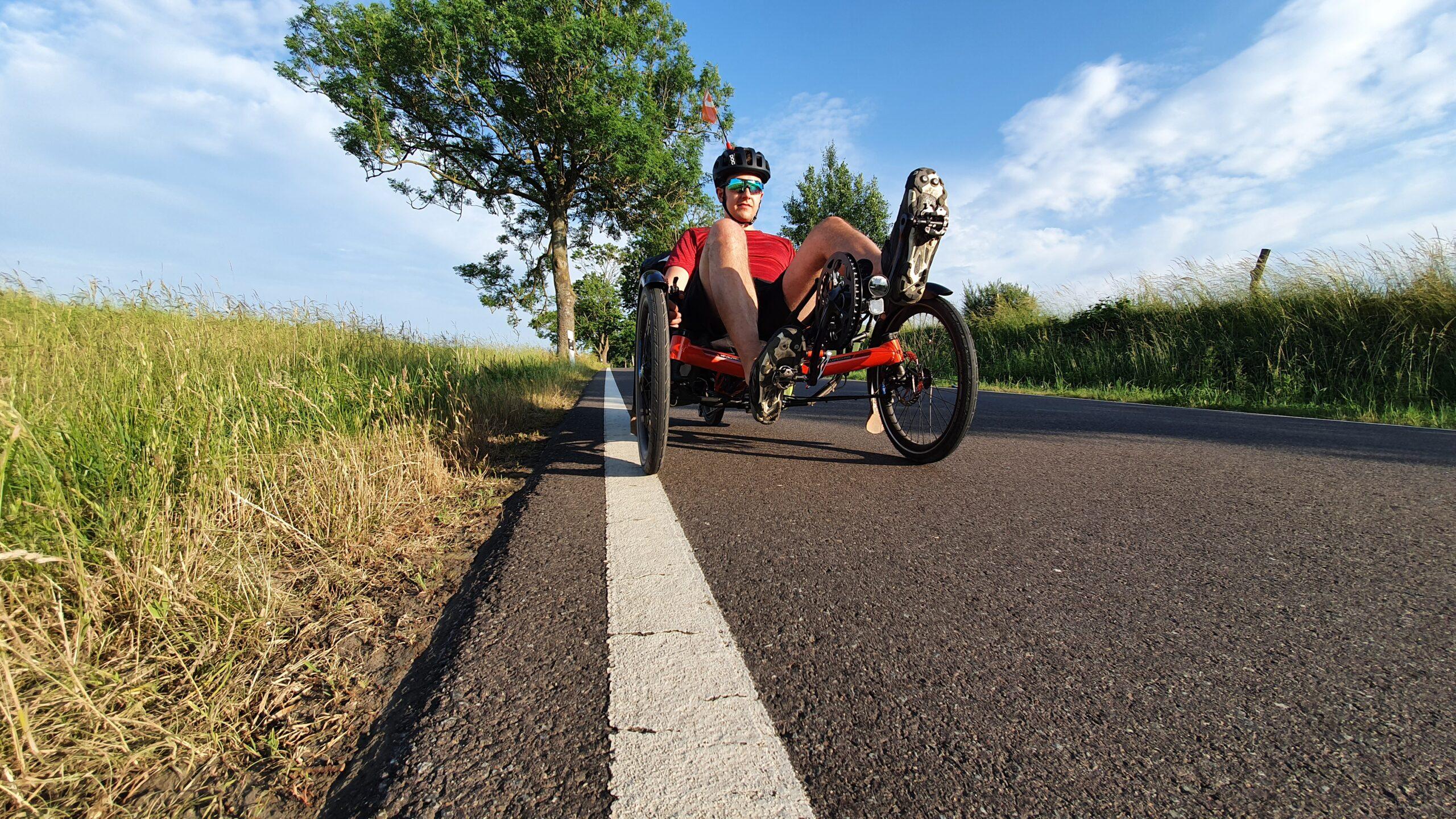 Co zabrać na wyprawę rowerową, wyprawa co zabrać, rower poziomy